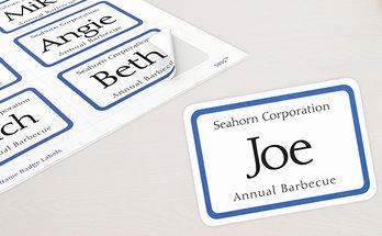 Étiquettes badges autocollants