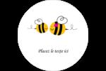 Maman abeille Étiquettes rondes gaufrées - gabarit prédéfini. <br/>Utilisez notre logiciel Avery Design & Print Online pour personnaliser facilement la conception.