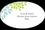 Fleurs bleues et vertes Étiquettes carrées - gabarit prédéfini. <br/>Utilisez notre logiciel Avery Design & Print Online pour personnaliser facilement la conception.
