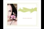 Femme aux orchidées Carte Postale - gabarit prédéfini. <br/>Utilisez notre logiciel Avery Design & Print Online pour personnaliser facilement la conception.