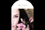 Femme aux orchidées Étiquettes arrondies - gabarit prédéfini. <br/>Utilisez notre logiciel Avery Design & Print Online pour personnaliser facilement la conception.