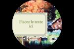 Maison du lac Étiquettes arrondies - gabarit prédéfini. <br/>Utilisez notre logiciel Avery Design & Print Online pour personnaliser facilement la conception.