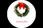 Couronne de Noël Étiquettes rondes - gabarit prédéfini. <br/>Utilisez notre logiciel Avery Design & Print Online pour personnaliser facilement la conception.