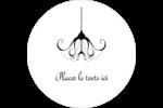 Chandelier macabre élégant d'Halloween Étiquettes arrondies - gabarit prédéfini. <br/>Utilisez notre logiciel Avery Design & Print Online pour personnaliser facilement la conception.