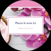 Glaçage et orchidée rose