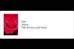 Rose rouge Étiquettes d'adresse - gabarit prédéfini. <br/>Utilisez notre logiciel Avery Design & Print Online pour personnaliser facilement la conception.