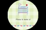 Lit de bébé Étiquettes arrondies - gabarit prédéfini. <br/>Utilisez notre logiciel Avery Design & Print Online pour personnaliser facilement la conception.