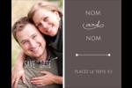 Réservez la date Étiquettes rondes gaufrées - gabarit prédéfini. <br/>Utilisez notre logiciel Avery Design & Print Online pour personnaliser facilement la conception.