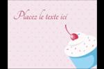 Petit gâteau aux cerises Carte Postale - gabarit prédéfini. <br/>Utilisez notre logiciel Avery Design & Print Online pour personnaliser facilement la conception.