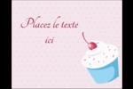 Petit gâteau aux cerises Étiquettes rectangulaires - gabarit prédéfini. <br/>Utilisez notre logiciel Avery Design & Print Online pour personnaliser facilement la conception.