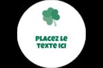 Trèfles en cœur de la Saint-Patrick Étiquettes rondes gaufrées - gabarit prédéfini. <br/>Utilisez notre logiciel Avery Design & Print Online pour personnaliser facilement la conception.