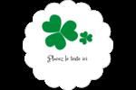 Arrière-plan de trèfles de la Saint-Patrick Étiquettes festonnées - gabarit prédéfini. <br/>Utilisez notre logiciel Avery Design & Print Online pour personnaliser facilement la conception.