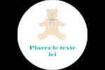 Nounours pour bébé Étiquettes rondes gaufrées - gabarit prédéfini. <br/>Utilisez notre logiciel Avery Design & Print Online pour personnaliser facilement la conception.